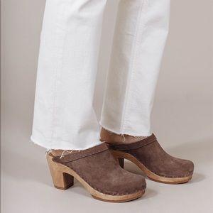 No. 6 Clogs. High heel and dark grey suede